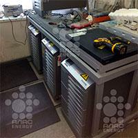 Замена аккумуляторных батарей в рамках технического обслуживания ИБП Socomec Mysterys MC